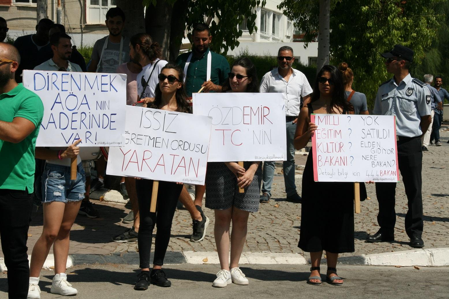 Atatürk Öğretmen Akademisi'ni Kapattırmayız!
