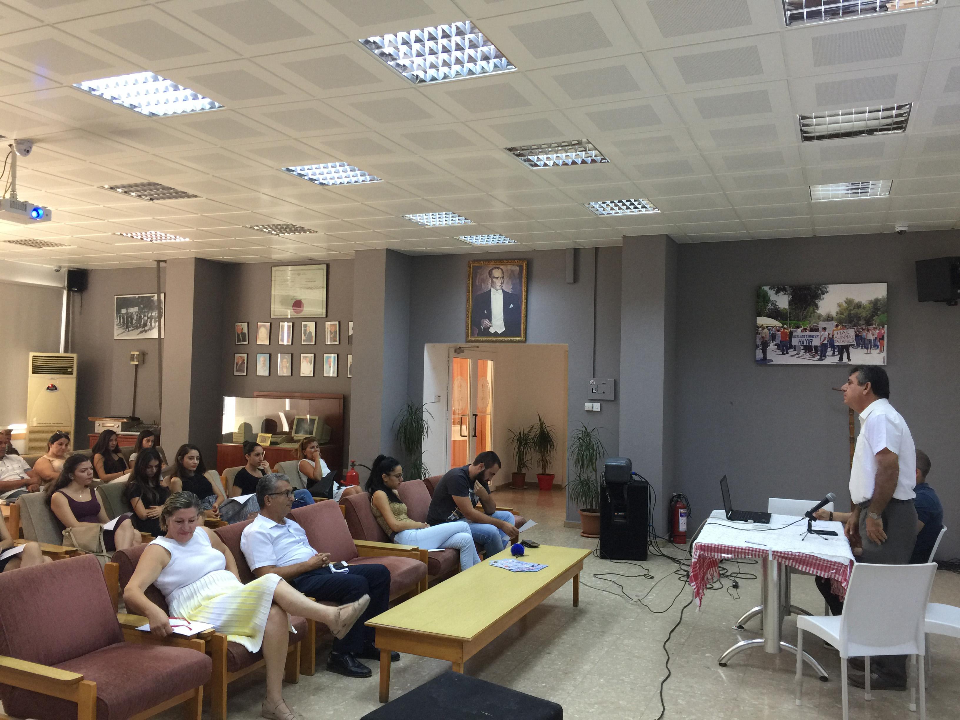 KTÖS, öğretmen adaylarına eğitim semineri düzenledi.