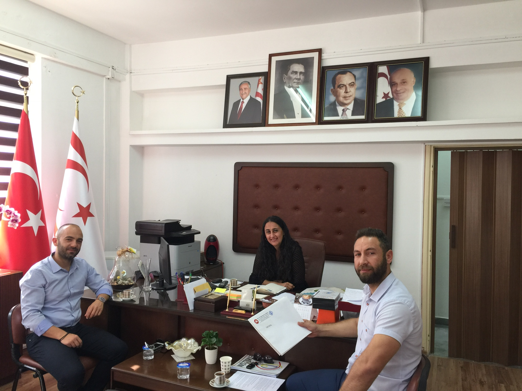 Londra Türk Dili Okullarının geliştirilmesi için önerilerimizi paylaştık.