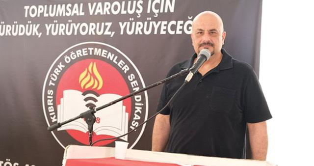 Kıbrıs Türk toplumu eninde sonunda bunun hesabını soracaktır.