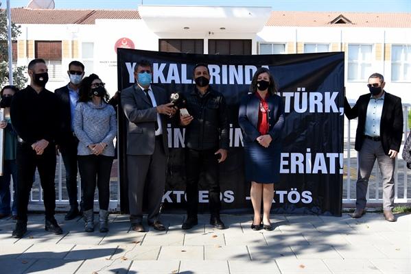 """KTÖS – KTOEÖS: """"Yakalarında Atatürk Beyinlerinde Şeriat"""""""