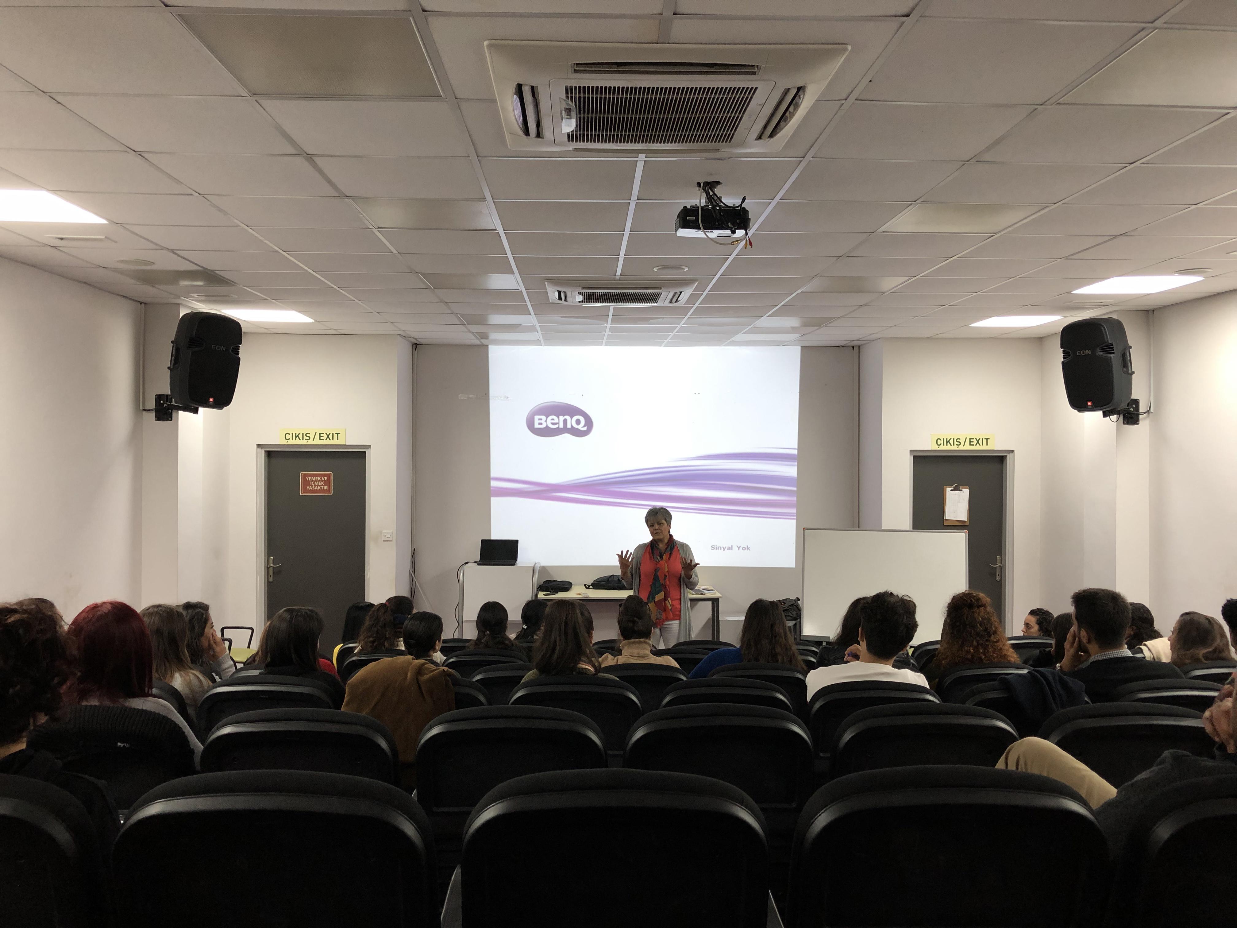 'Özel Gereksinimli Bireylere Okuma Yazma Öğretimi Eğitimi' semineri gerçekleşti.