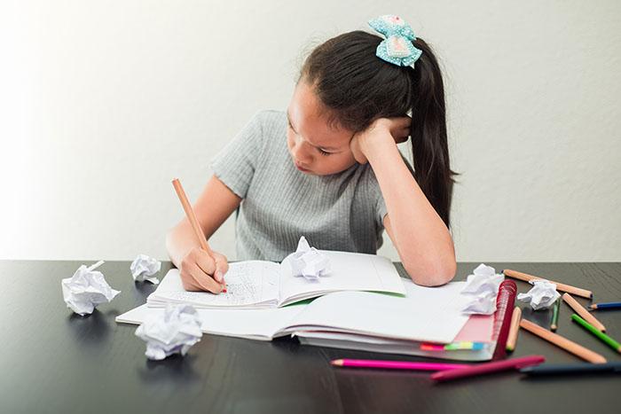 Sınavlar yerine, çocukların yüksek yararına odaklanmalıyız