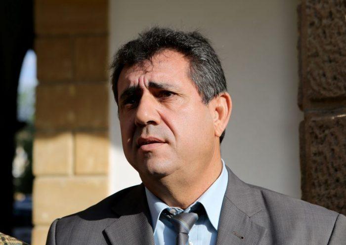 Kıbrıs Cumhuriyeti antlaşmaları temelinde tüm toplumsal haklarını talep etmektir.
